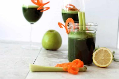 Spiralized Garnishes & a Jalapeno-Cilantro Green Juice