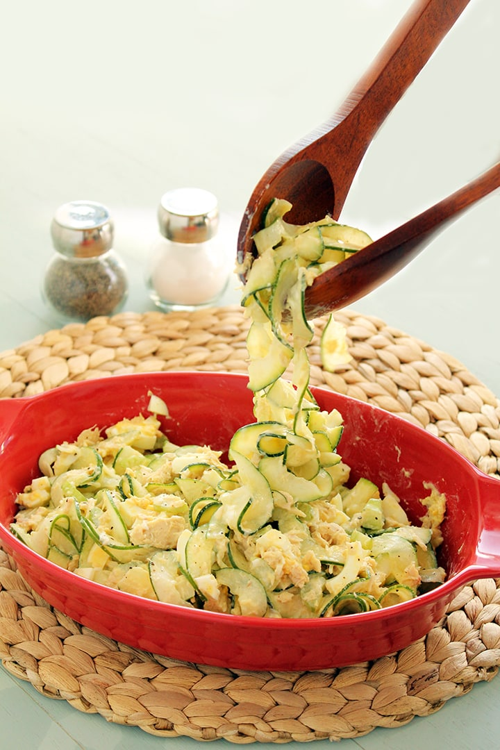 Tuna, Celery and Egg Spiralized Pasta Salad (Cucumber & Zucchini ...