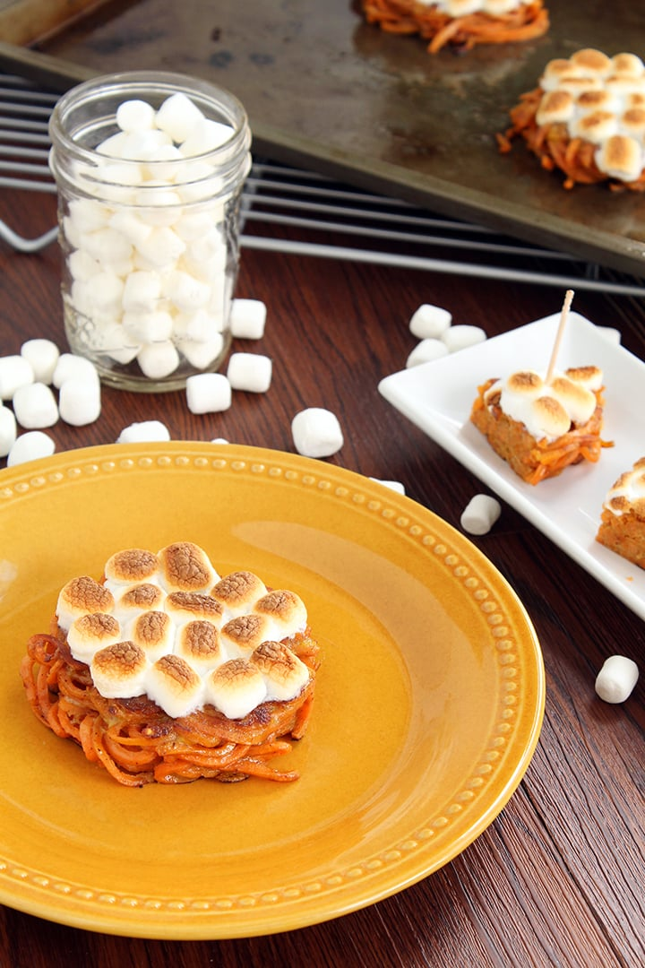 "Mini Sweet Potato ""Casseroles"" with Vegan Marshmallows"