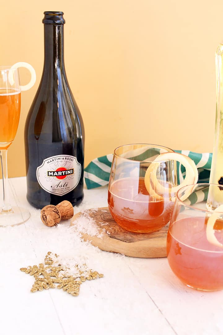 Fancy Sparkling Apple Cider Cocktail
