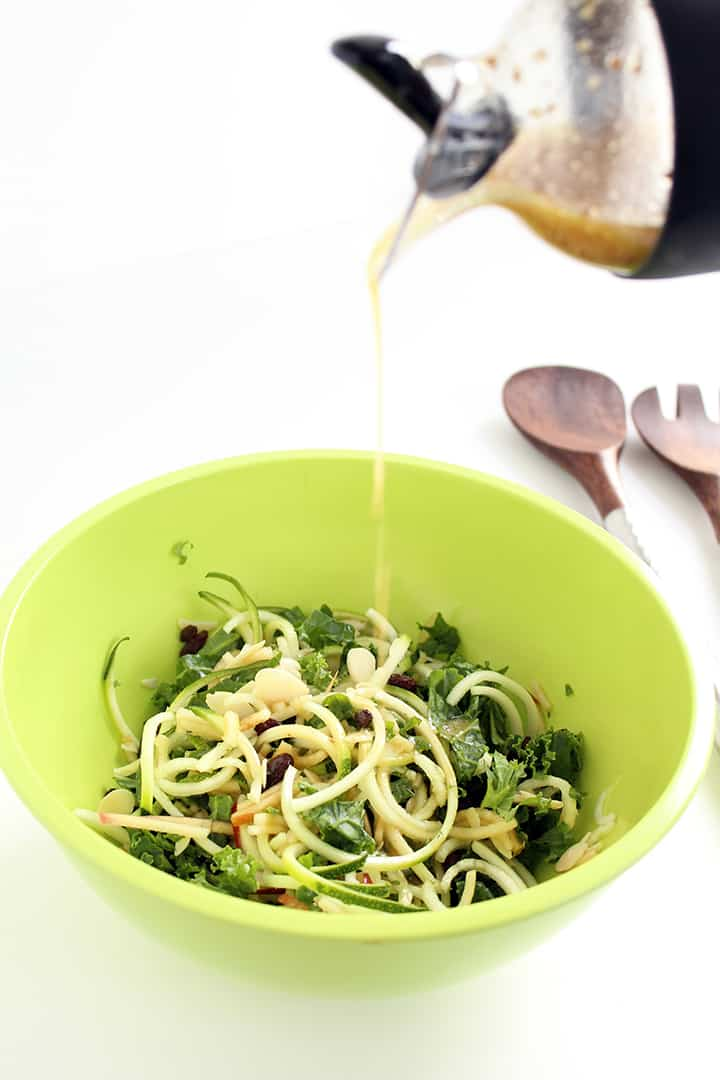Half-Moon Shaped Spiralized Veggies & Zucchini & Kale Apple Slaw