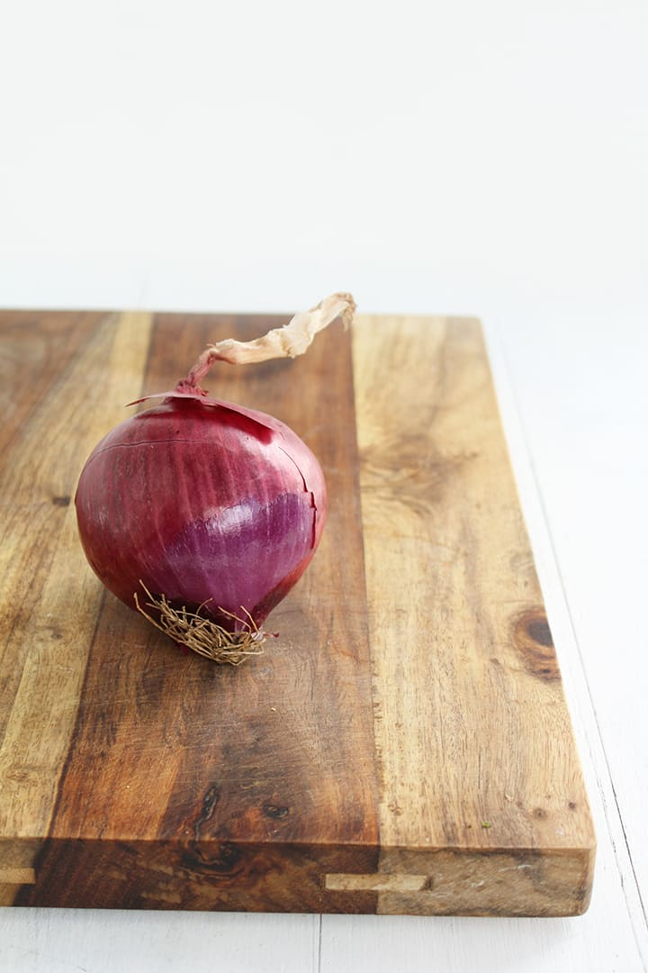 How to Spiralize an Onion