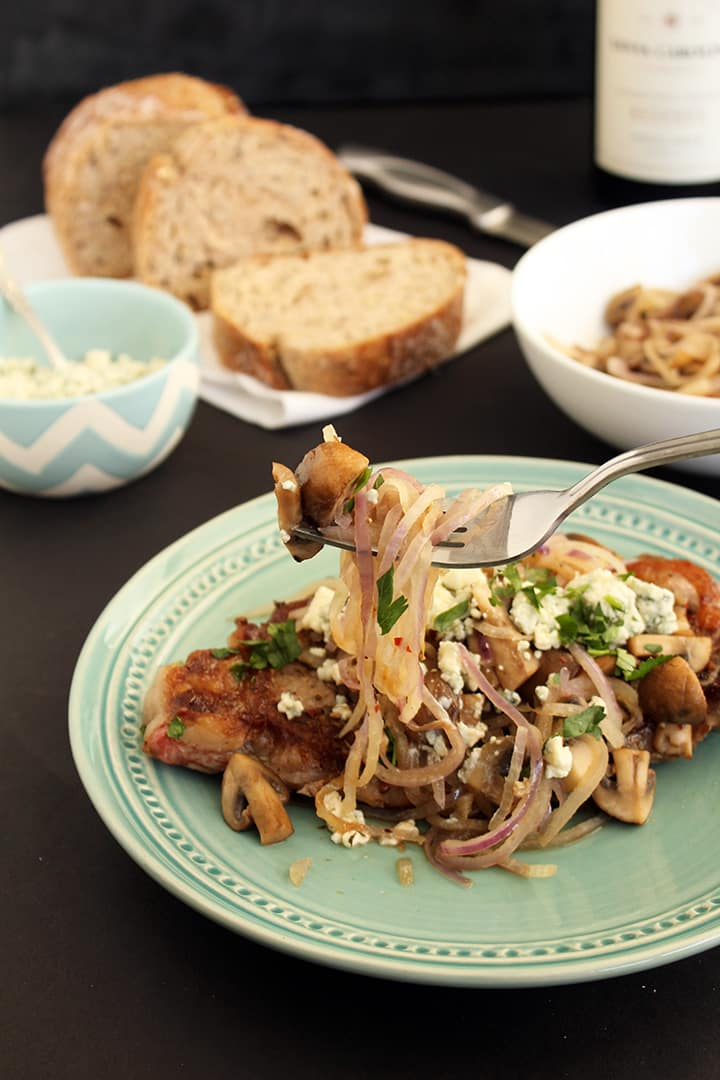Spiralized Onions, Mushrooms and Blue Cheese with Pan-Fried Steak
