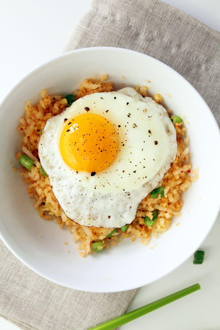 "Ginger Daikon Radish ""Rice"" with Gochugaru and Fried Egg"