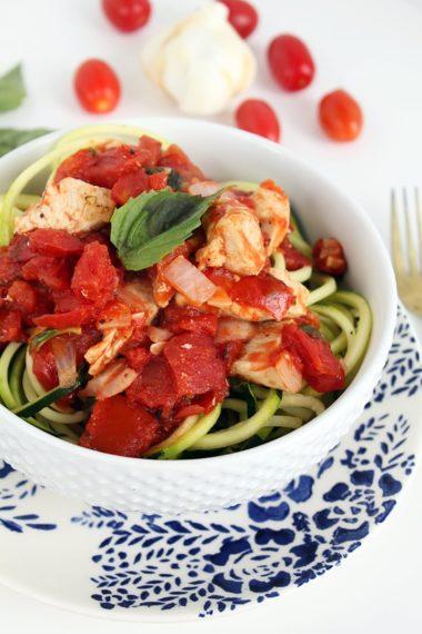 Simple Chicken & Basil Pomodoro Zucchini Pasta