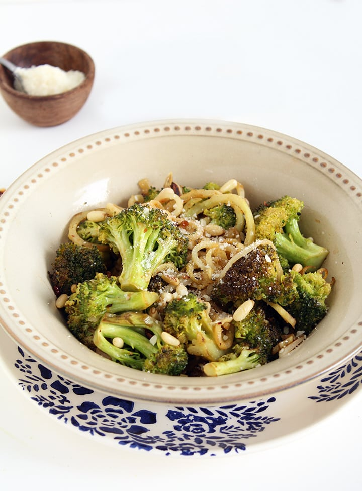 Garlic Broccoli Noodles With Toasted Pine Nuts, see more at http://homemaderecipes.com/healthy/11-vegetable-spiralizer-recipes