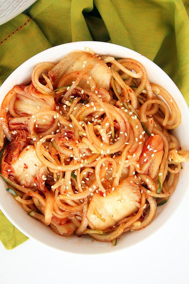 Easy Spicy Cold Noodles with Kimchi (Kimchi Bibim Guksu)