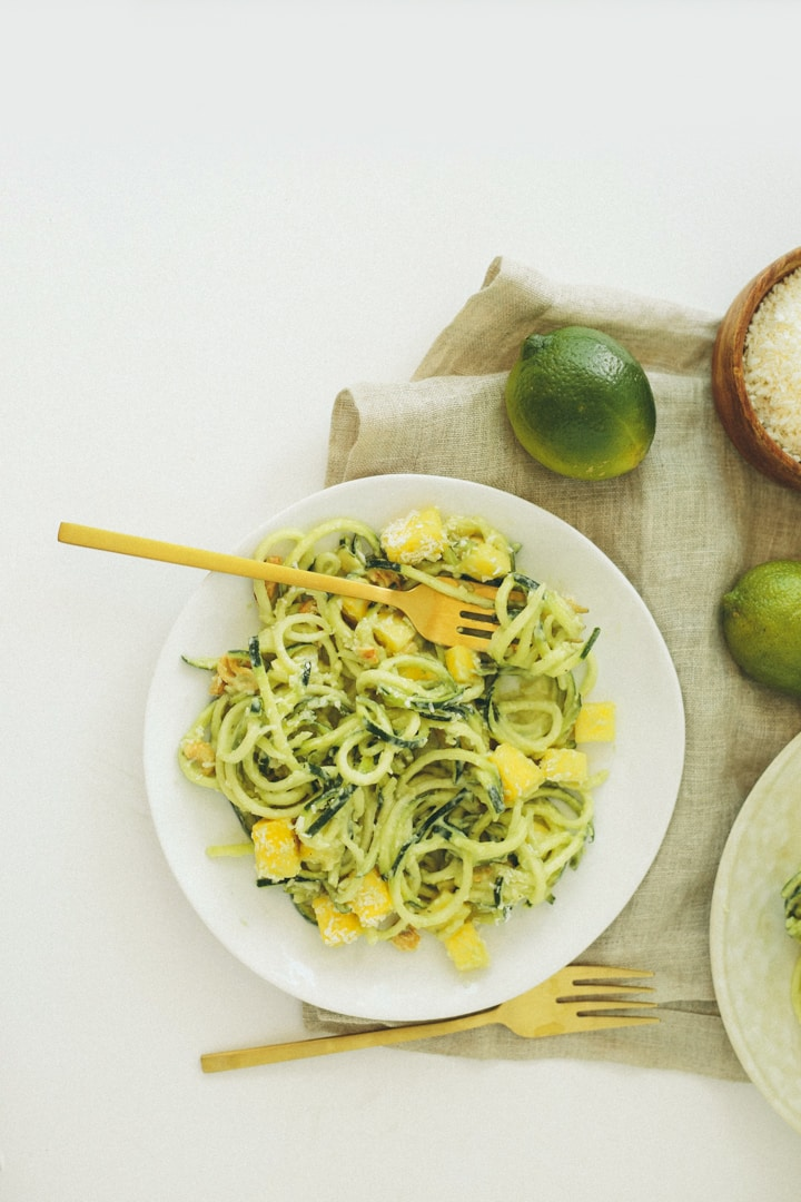 Raw Coconut-Mango Zucchini Noodles with Cashews