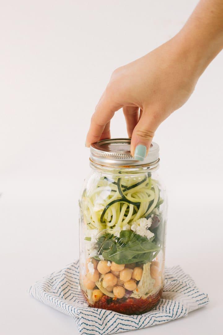 Sundried Tomato Pesto Zucchini Noodle Mason Jars