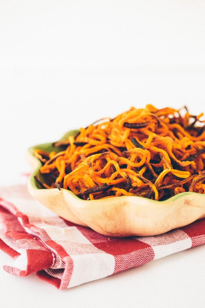 "Spiralized Garlic-Paprika Sweet Potato ""Fries"""