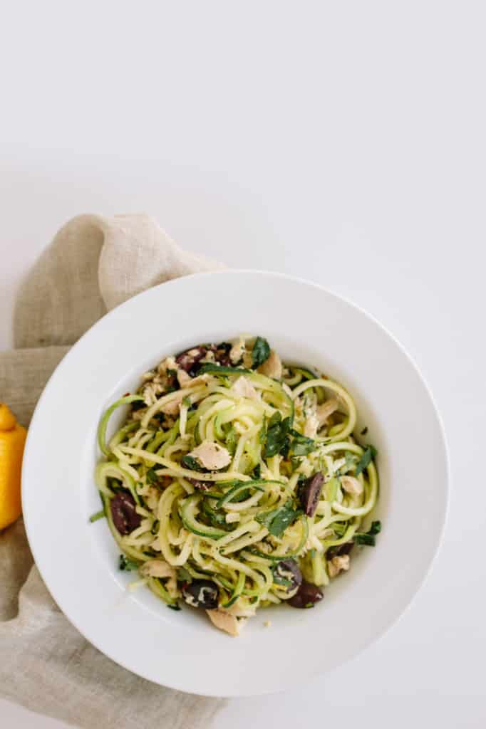 Zucchini Spaghetti With Parsley, Tuna and Lemon