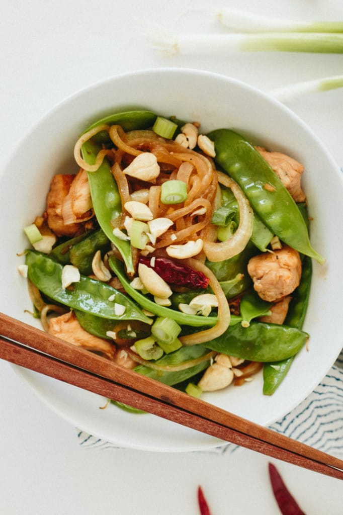 Kung Pao Chicken and Snap Peas with Spiralized Onions