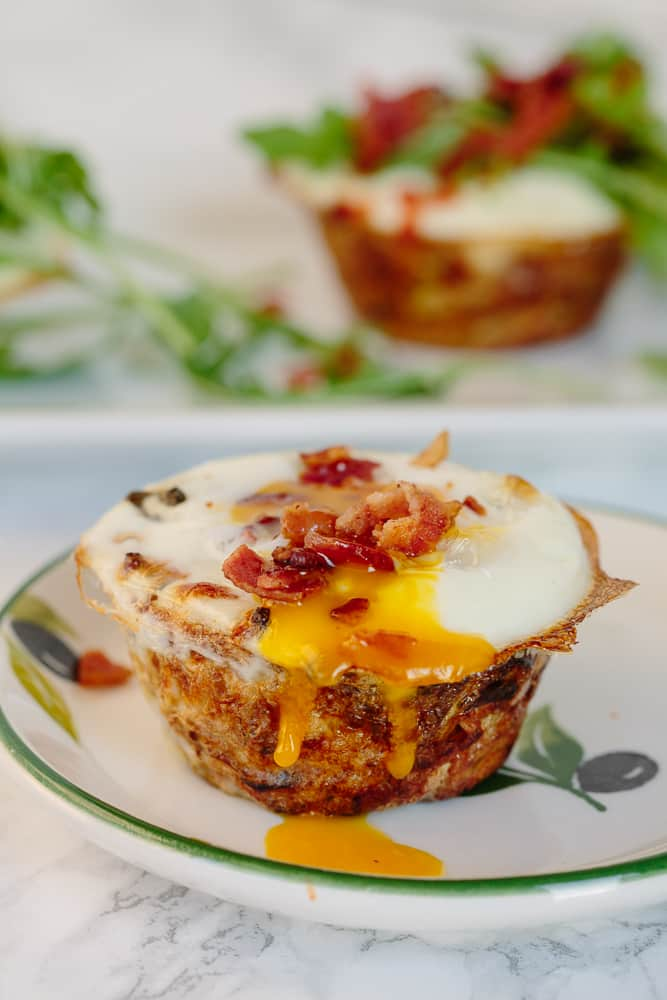 Spiralized Parsnip Nests with Eggs, Bacon and Arugula