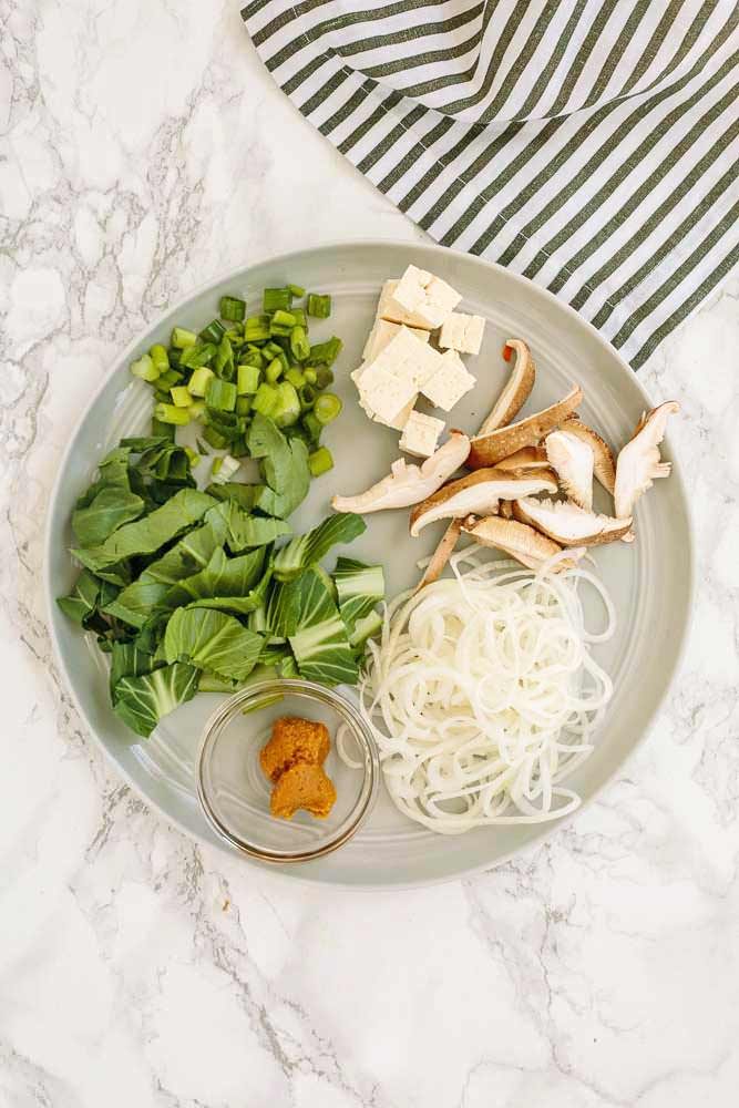 Instant Cup of Noodles with Spiralized Vegetables