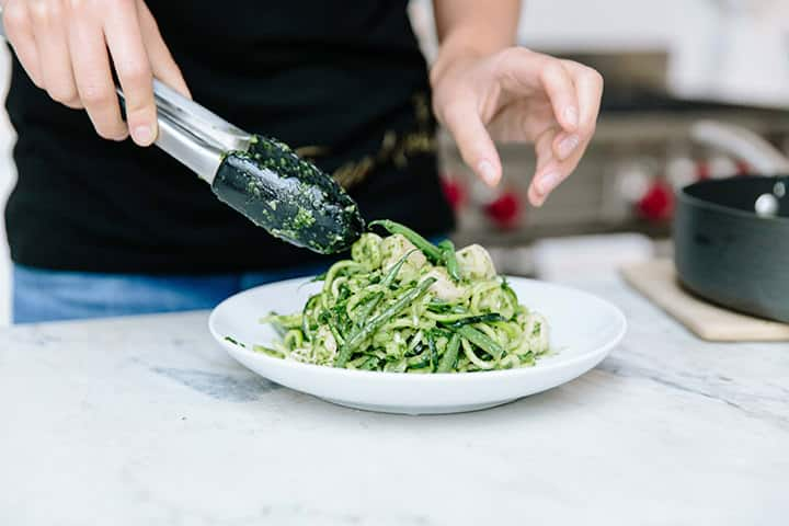 Pesto Zucchini Noodles with Chicken and Green Beans