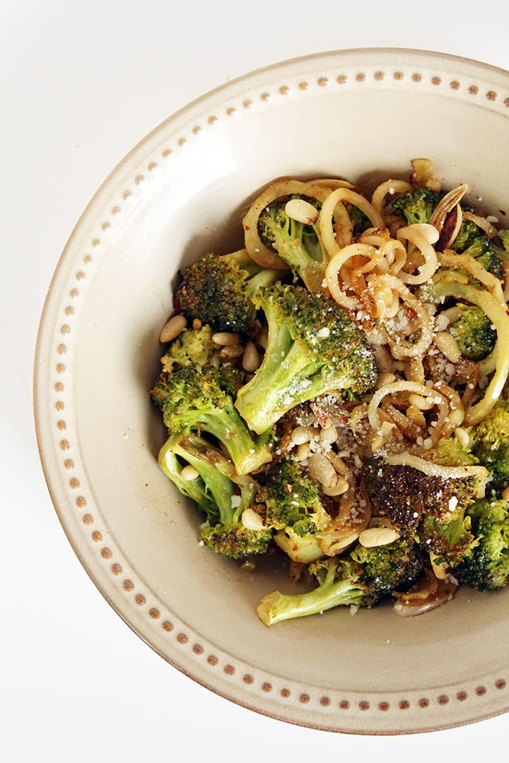 How to Spiralize Broccoli: Garlic Broccoli Noodles with Toasted Pine Nuts