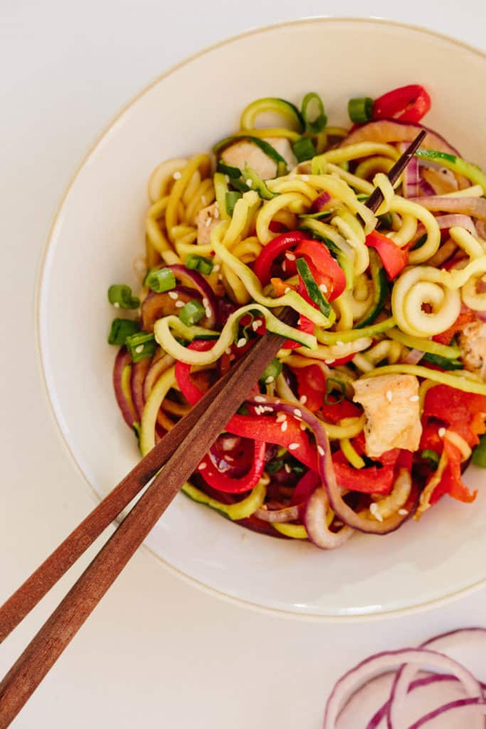 Spicy Sesame Ginger Chicken Stir Fry with Zucchini Noodles