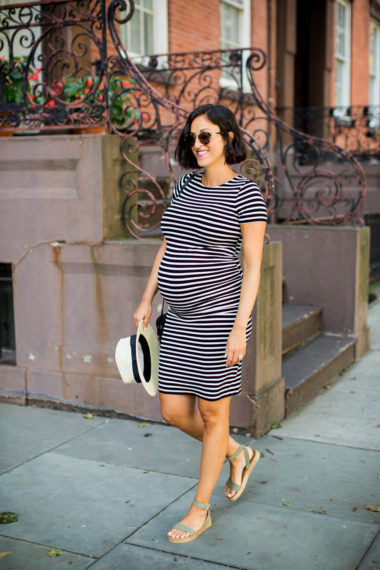 striped dresses to flatter that pregnant body