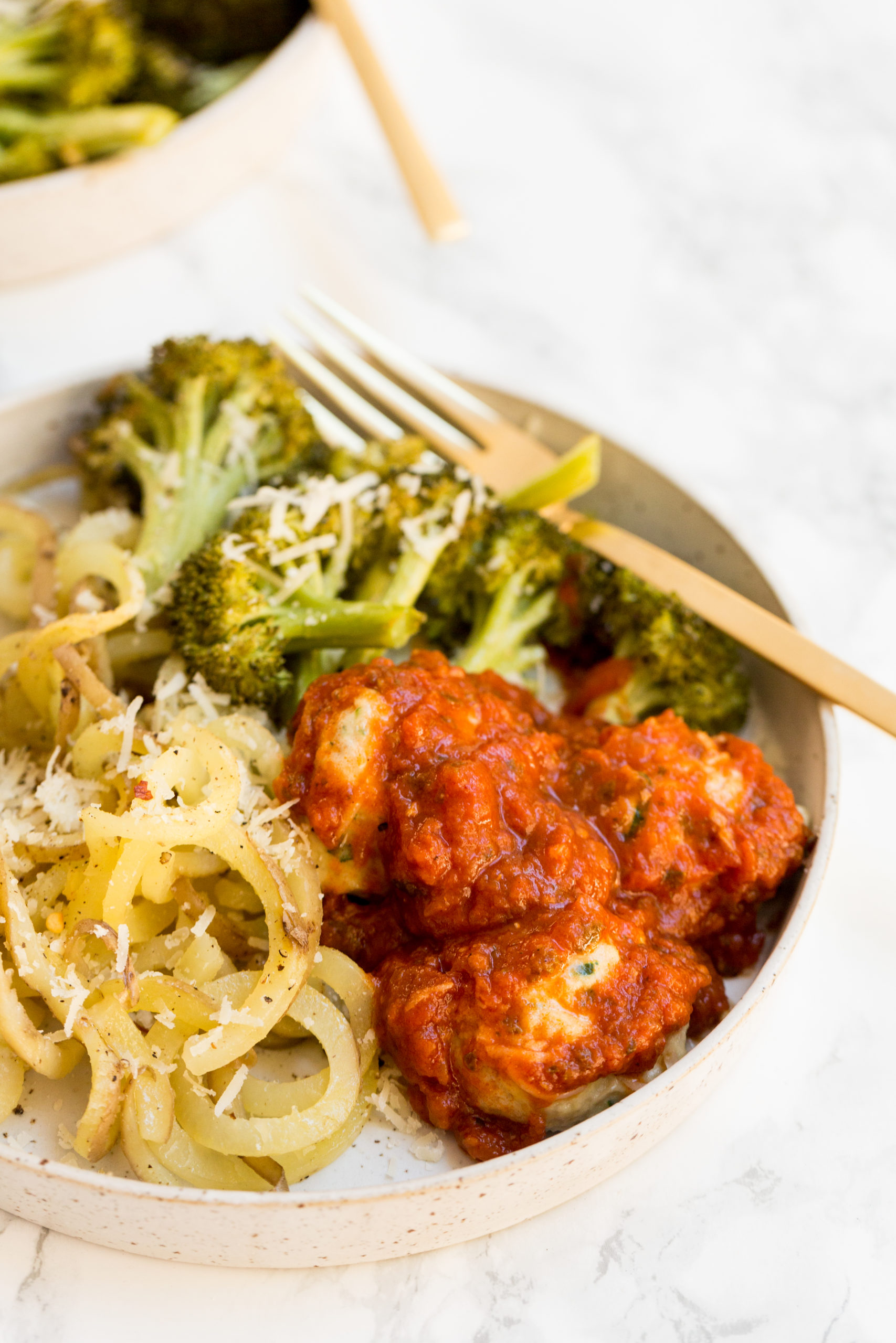 Sheet Pan Chicken Meatballs with Spiralized Potatoes and Broccoli